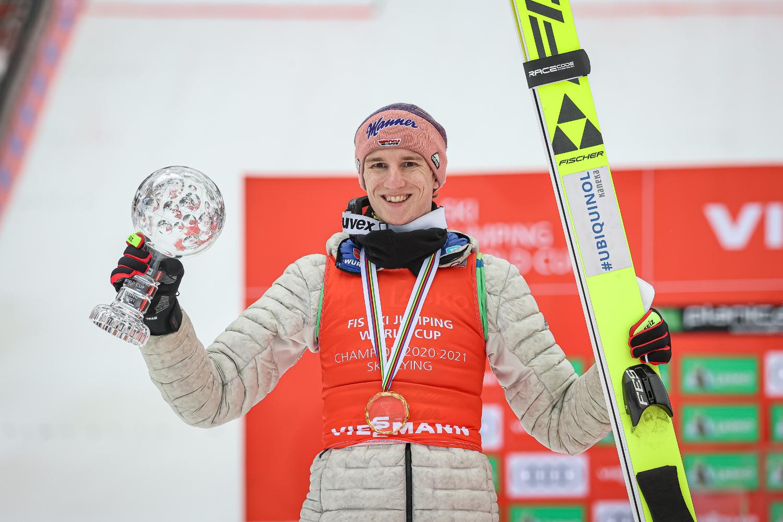 Карл Гайгер – победитель общего зачета Кубка мира по полетам на лыжах