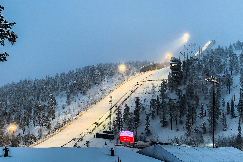 Skoki narciarskie. PŚ w Ruce: Zmienne warunki i niepewny występ  Eisenbichlera (lista startowa)